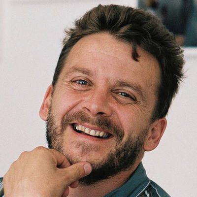 Portrait de Benoît Praderie souriant.
