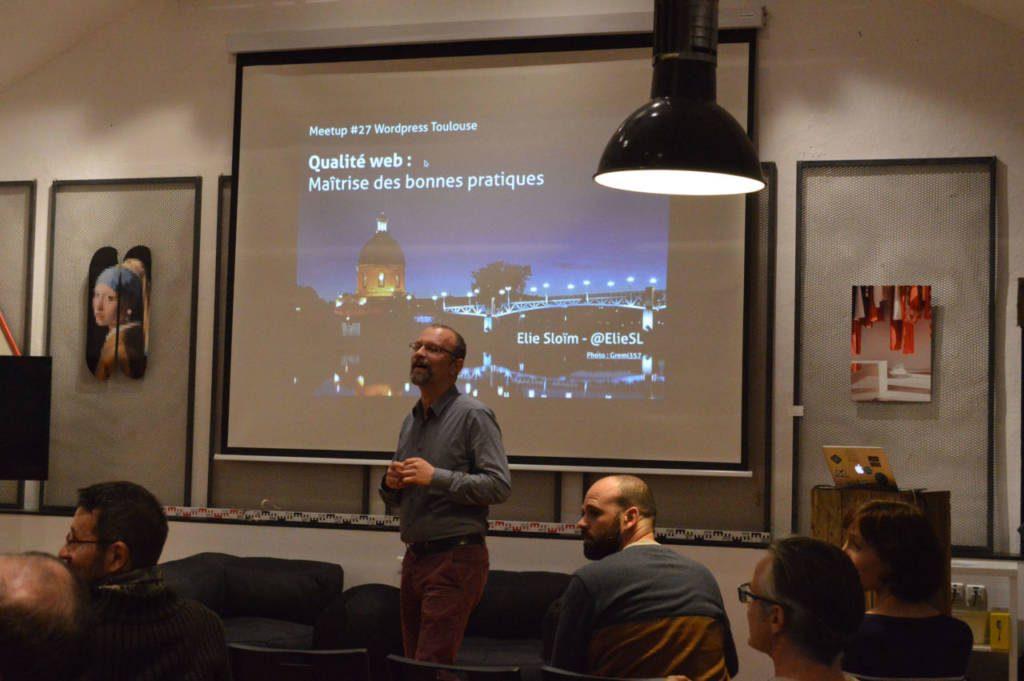 Elie Sloïm lors du Meetup WordPress Toulouse du 7 novembre 2019.